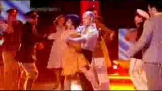 Elena Roger en vivo desde Children in Need interpretando Buenos Aires - Evita (CiN 2006)